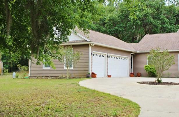 Single Family Residence - McIntosh, FL (photo 3)