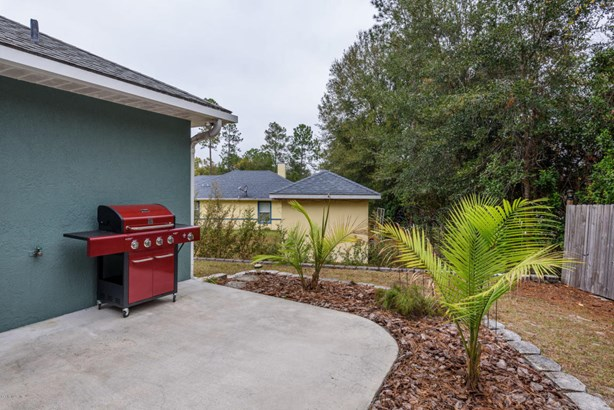 Single Family Residence - Silver Springs, FL (photo 5)