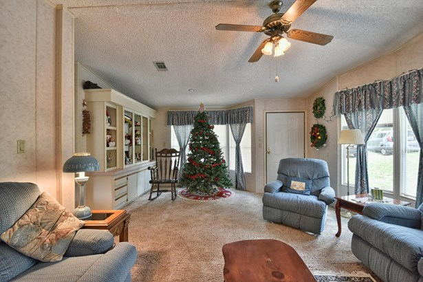 Manufactured Home w/Real Prop - Ocala, FL (photo 5)