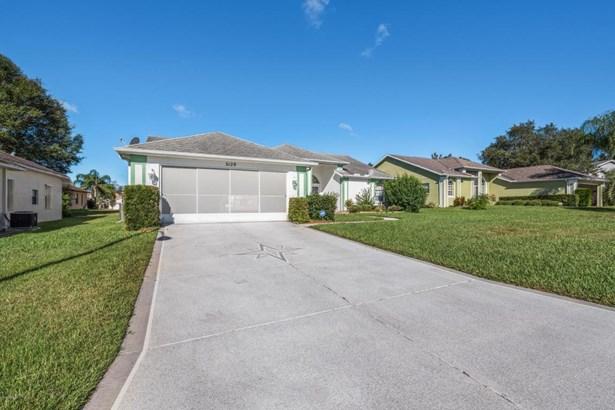 Single Family Residence - Spring Hill, FL (photo 2)