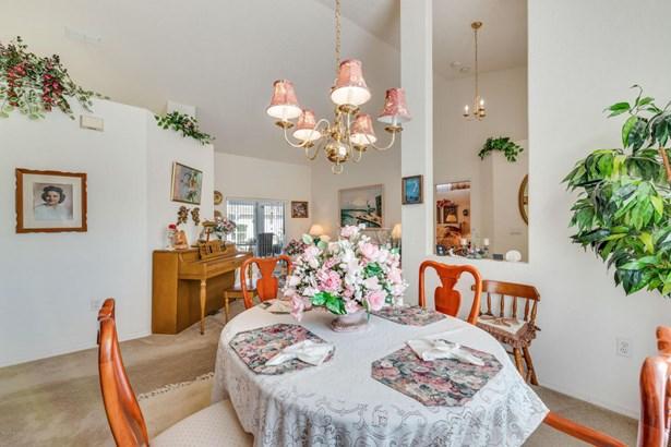 Single Family Residence - Spring Hill, FL (photo 5)