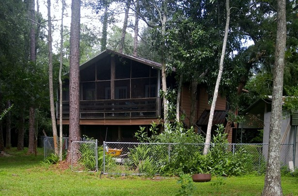 Single Family Residence - Fort McCoy, FL