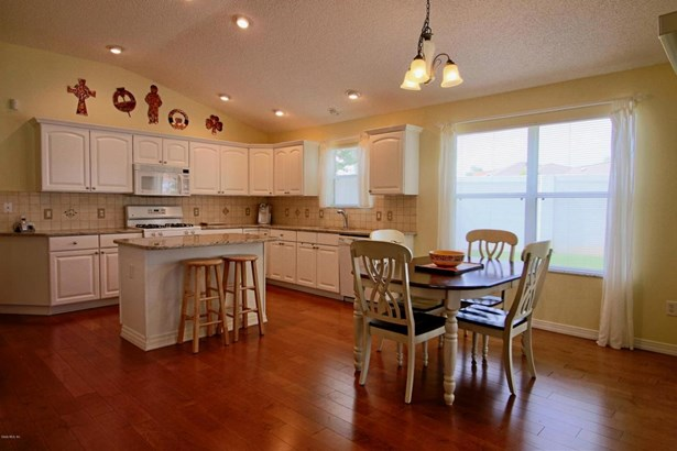 Single Family Residence - The Villages, FL (photo 4)