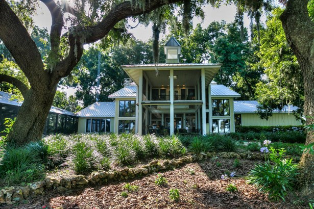 Single Family Waterfront - Weirsdale, FL (photo 1)