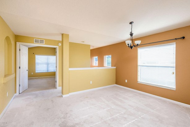 Condominium - Ocala, FL (photo 4)