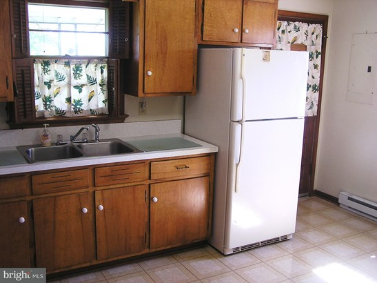 Rancher, Single Family Residence - STEPHENSON, VA (photo 4)