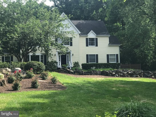 Colonial, Detached - WINCHESTER, VA