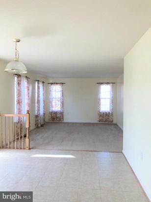 Single Family Residence, Colonial - WINCHESTER, VA (photo 4)