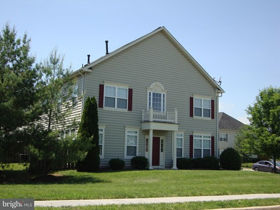 Colonial, End Of Row/Townhouse - STEPHENS CITY, VA (photo 4)