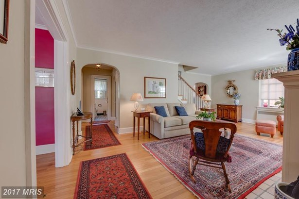 French Country, Detached - WINCHESTER, VA (photo 3)