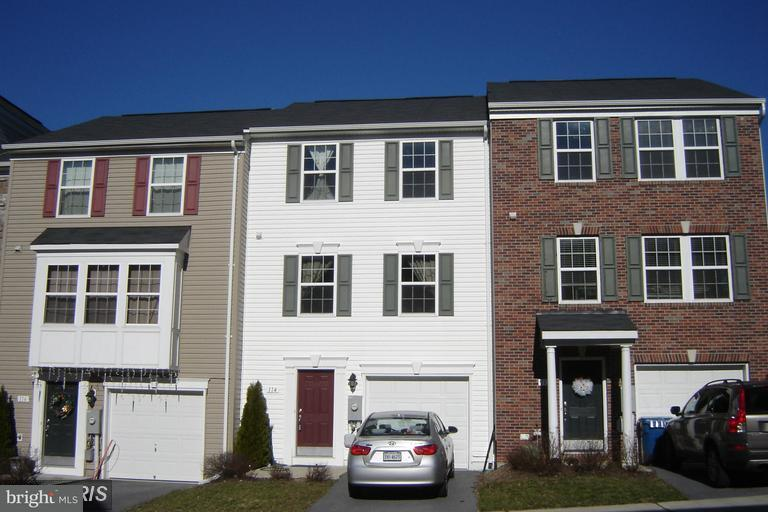 Row/Townhouse, Colonial - WINCHESTER, VA (photo 1)