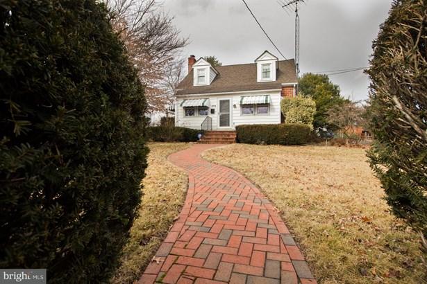 Cape Cod, Single Family Residence - MARTINSBURG, WV (photo 1)