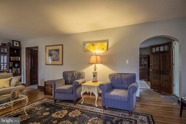 Cape Cod, Single Family Residence - MARTINSBURG, WV (photo 5)