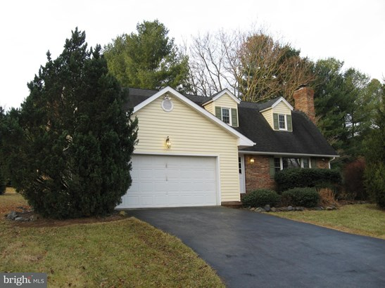 Cape Cod, Single Family Residence - WINCHESTER, VA (photo 1)