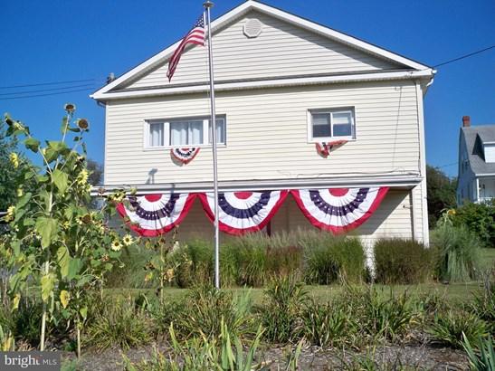 Rancher, Single Family Residence - BERKELEY SPRINGS, WV (photo 3)