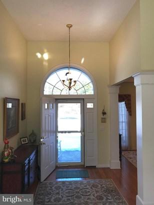 Single Family Residence, Colonial - BERKELEY SPRINGS, WV (photo 2)