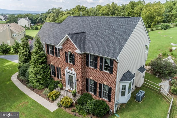 Colonial, Detached - MIDDLETOWN, VA