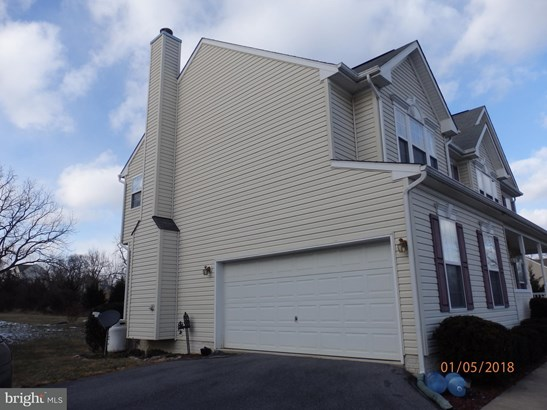 Single Family Residence, Colonial - MIDDLETOWN, VA (photo 2)