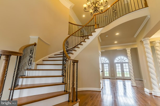 Single Family Residence, French Provincial - WINCHESTER, VA (photo 5)