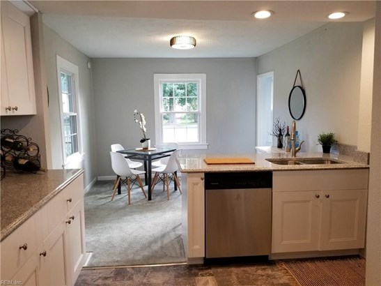 Transitional, Detached,Detached Residential - Portsmouth, VA (photo 2)