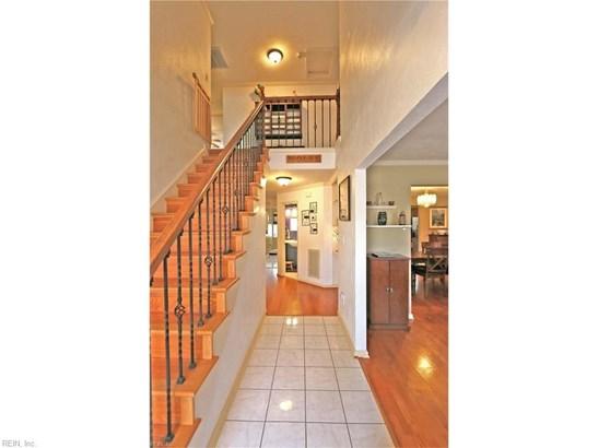 Traditional, Detached,Detached Residential - Newport News, VA (photo 2)
