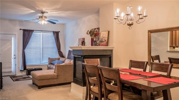 Transitional, Attached,Attached Residential - Virginia Beach, VA (photo 5)
