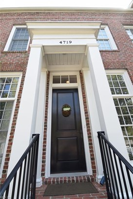Attached,Attached Residential, Townhouse,Traditional - Norfolk, VA (photo 3)