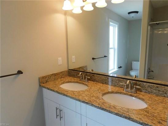 Transitional, Detached,Detached Residential - Norfolk, VA (photo 4)