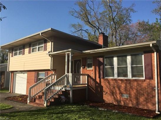 Detached,Detached Residential, Split-Level - Hampton, VA (photo 2)