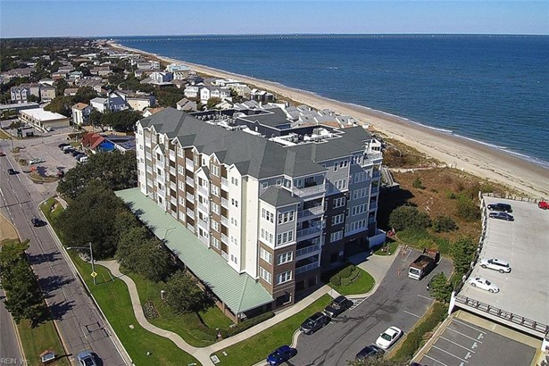 Attached,Attached Residential, Mid Rise - Virginia Beach, VA (photo 4)