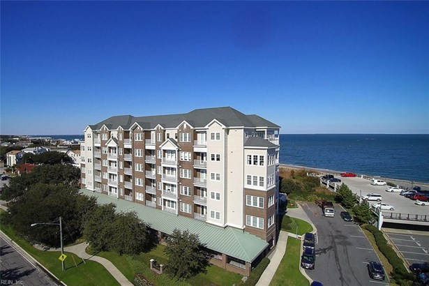 Attached,Attached Residential, Mid Rise - Virginia Beach, VA (photo 5)