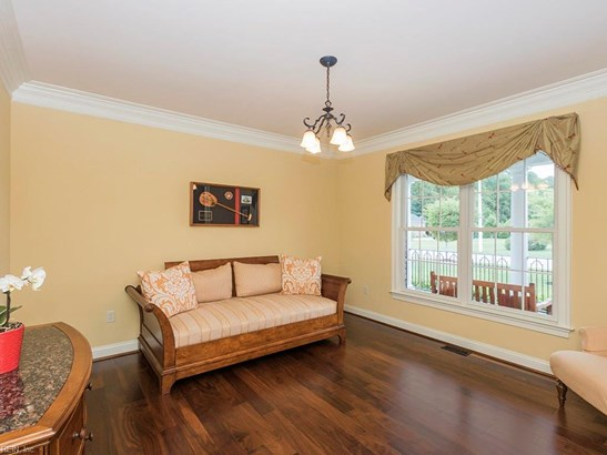 Detached,Detached Residential, Traditional,Transitional - Virginia Beach, VA (photo 5)
