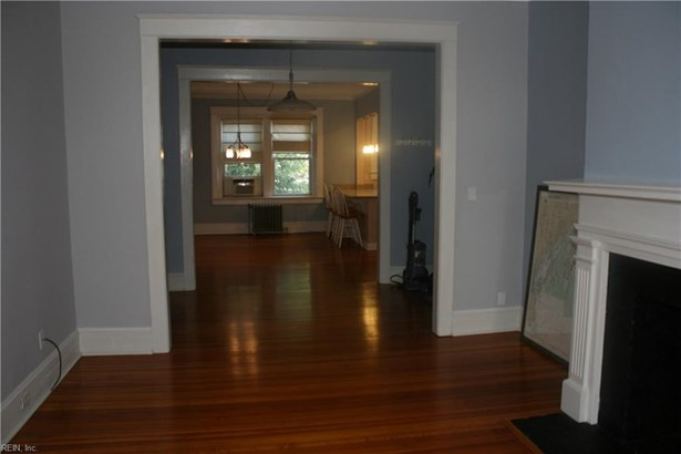 Attached,Attached Residential, Traditional - Norfolk, VA (photo 4)
