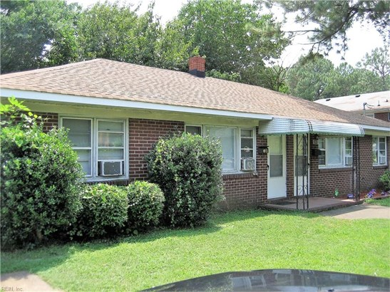 Side by Side, Duplex,Multi Family Residential - Chesapeake, VA (photo 2)