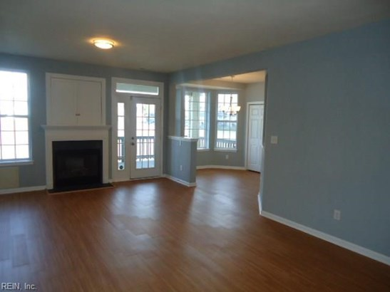 Attached,Attached Residential, Lo Rise - Virginia Beach, VA (photo 3)
