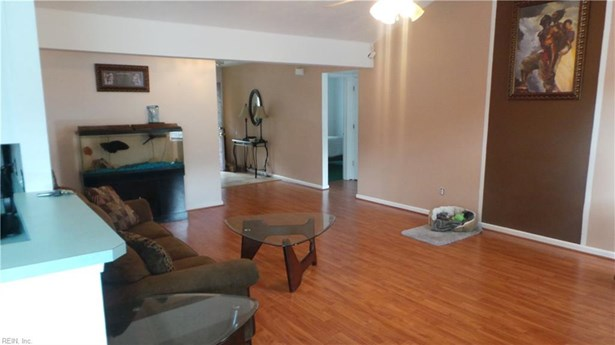 Attached,Attached Residential, Ranch - Norfolk, VA (photo 4)