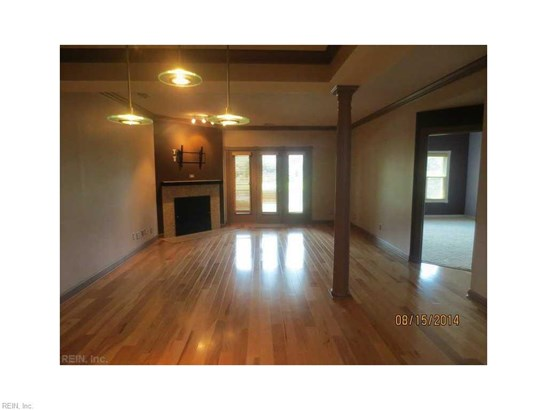 Rental,Condominium/Co-op, Traditional - Hampton, VA (photo 3)