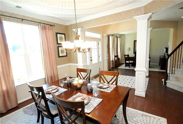 Detached,Detached Residential, Traditional,Transitional - Chesapeake, VA (photo 3)