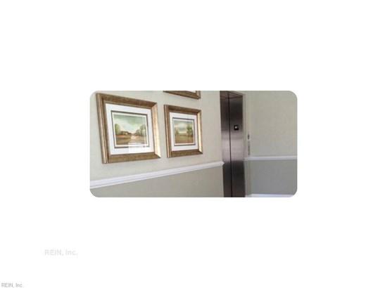 Rental,Condominium/Co-op, Traditional - Norfolk, VA (photo 2)