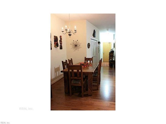 Rental,Condominium/Co-op, Traditional - Norfolk, VA (photo 5)