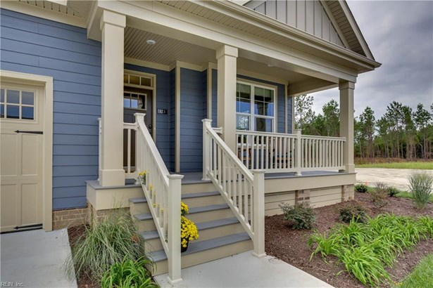 Cottage,Transitional, Detached,Detached Residential - Chesapeake, VA (photo 2)