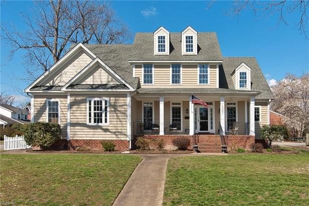 Transitional, Detached,Detached Residential - Hampton, VA (photo 1)