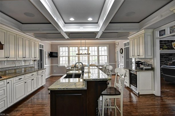 Detached,Detached Residential, Contemp,Transitional - Chesapeake, VA (photo 2)