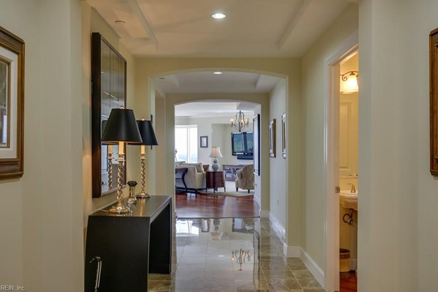 Attached,Attached Residential, High-Rise - Virginia Beach, VA (photo 5)