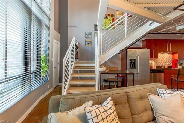 Rental,Condominium/Co-op, Mid Rise - Norfolk, VA (photo 2)