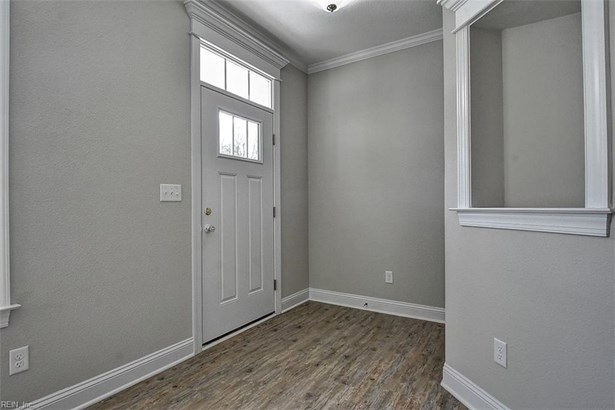 Transitional, Detached,Detached Residential - Portsmouth, VA (photo 5)