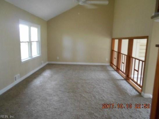 Rental,Single Family, Split-Level - Norfolk, VA (photo 3)