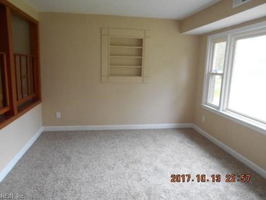Rental,Single Family, Split-Level - Norfolk, VA (photo 4)