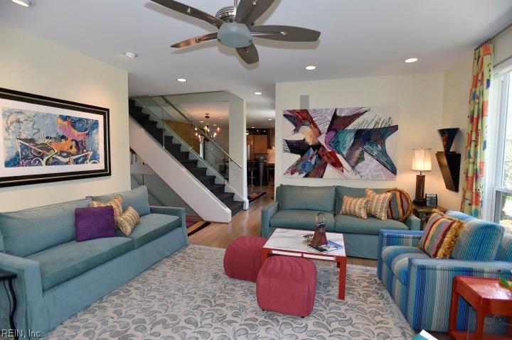 Attached,Attached Residential, 2 Unit Condo,Contemp - Virginia Beach, VA (photo 3)