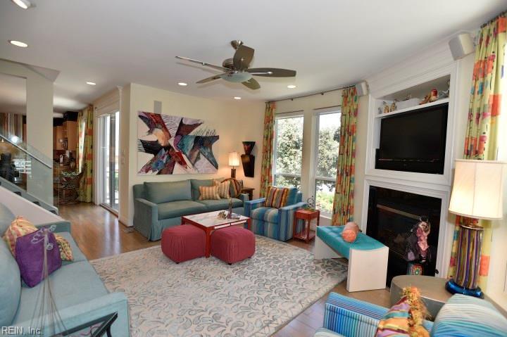 Attached,Attached Residential, 2 Unit Condo,Contemp - Virginia Beach, VA (photo 5)